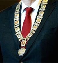 92328-burgemeester_ketting-large-1365630784